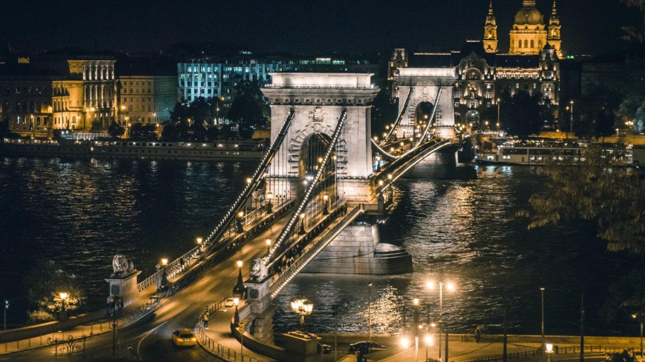 Ungarn forciert E-Invoicing (XML-Version 3.0)