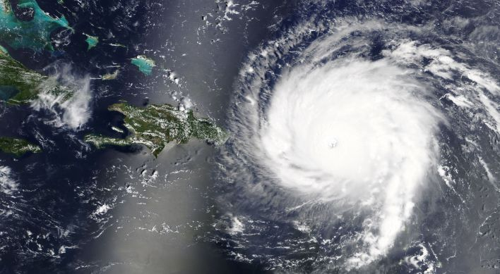 The Hurricane Effect: Battle of the Clouds